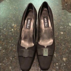 Women's Vaneli black heels